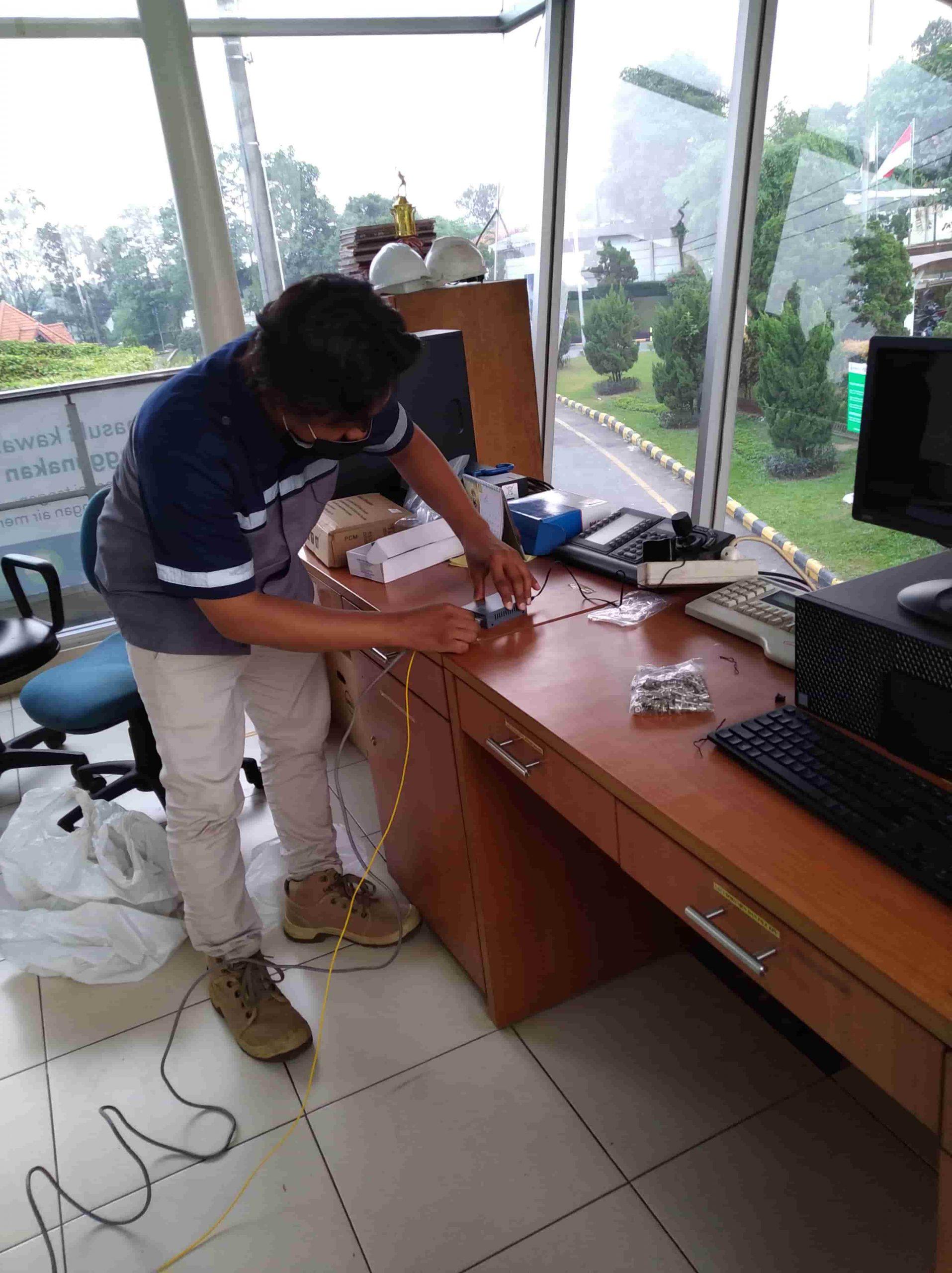 Teknisi Jasa Pasang CCTV Murah 8 scaled - BERANDA